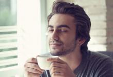 Bij brandend maagzuur kun je gewoon blijven koffiedrinken