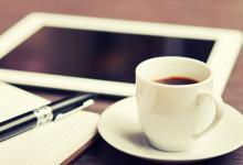 Zeven op tien Nederlanders drinken koffie op werk